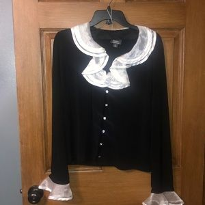 Nice blouse / blazer